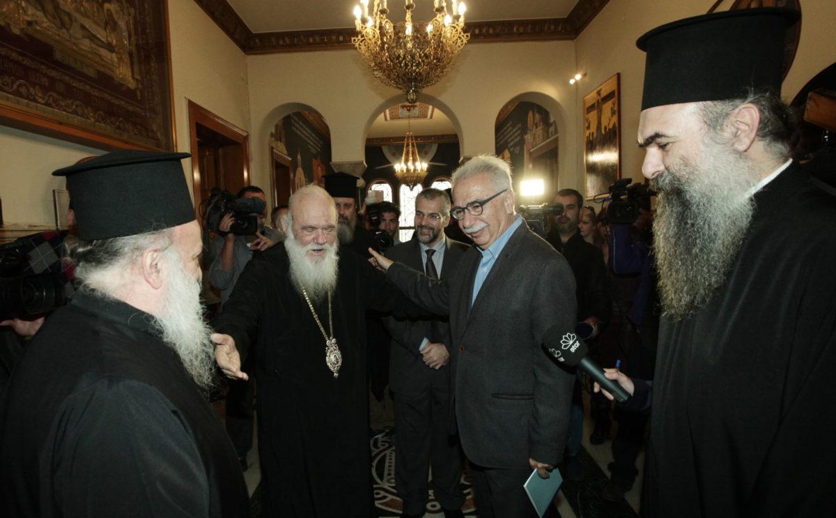Γαβρόγλου: Θα διασφαλίσουμε τα ασφαλιστικά, μισθολογικά και συνταξιοδοτικά δικαιώματα των κληρικών