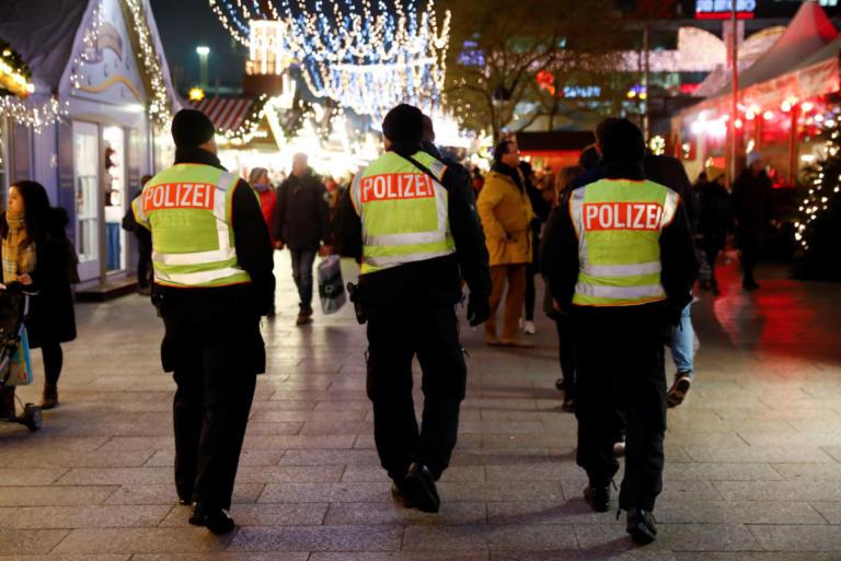 Γερμανία: Και άλλοι αστυνομικοί συμμετέχουν σε ακροδεξιές οργανώσεις!