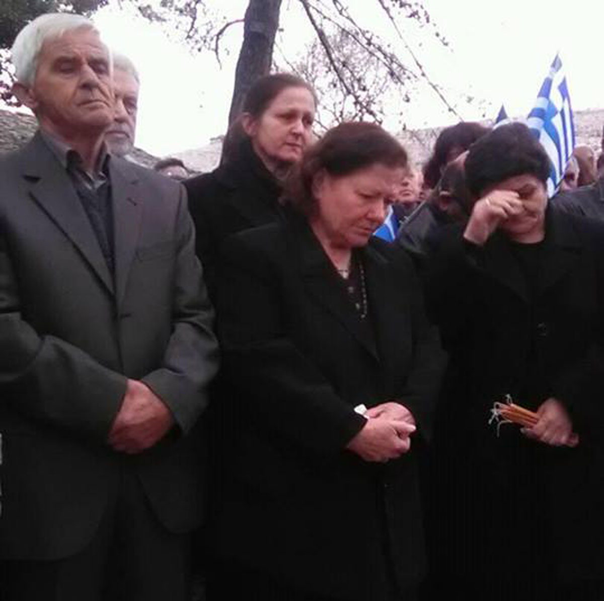 Σε βαρύ κλίμα το μνημόσυνο για τον Κωνσταντίνο Κατσίφα – Ένταση στα σύνορα
