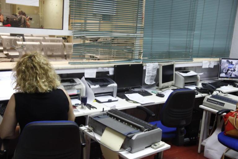 Βόλος: Απλήρωτοι εργάτες απειλούσαν να αυτοκτονήσουν – Χαμός στα γραφεία της επιθεώρησης εργασίας!