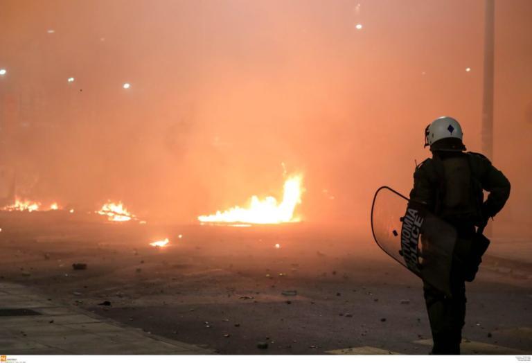 Φλέγεται η Θεσσαλονίκη μετά την πορεία για τον Αλέξανδρο Γρηγορόπουλο [pics]