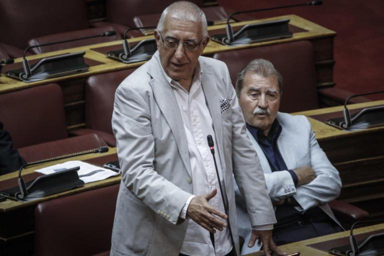 Μέτρα για την προστασία των Ελλήνων ομογενών στην Αλβανία ζητά ο Νικήτας Κακλαμάνης