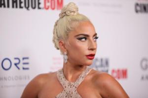 """Η Madonna """"ξεμπρόστιασε"""" την Lady Gaga!"""
