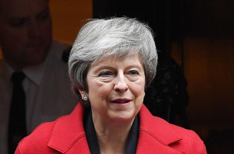 """Brexit: Μετράει τις πληγές της η Τερέζα Μέι μετά τα χθεσινά """"χαστούκια"""""""