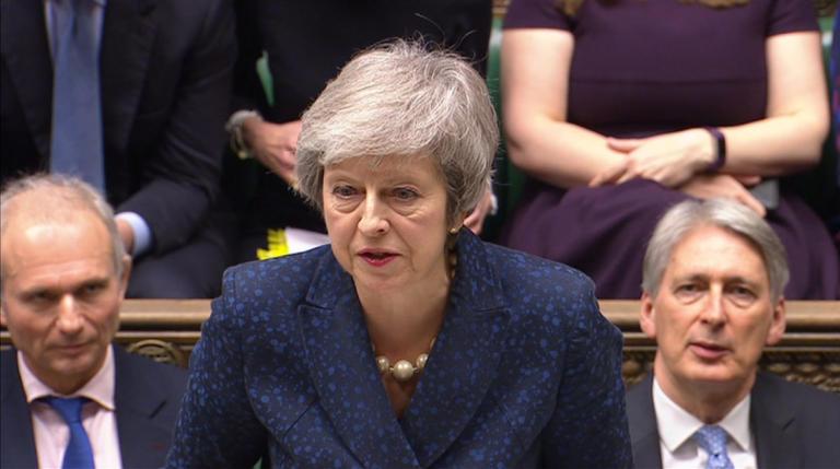 Μέι: Η καταψήφιση της συμφωνίας για το Brexit θα ήταν καταστροφή