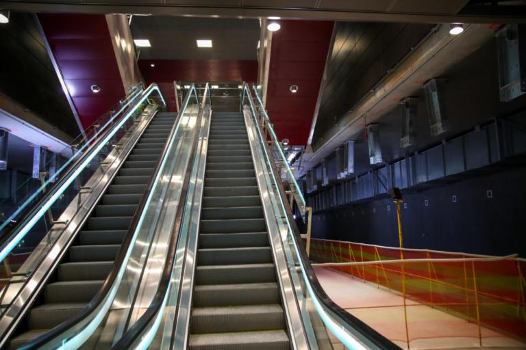 """Μετρό Θεσσαλονίκης: Για """"κακοστημένη κωμωδία"""" και """"προεκλογικές φιέστες"""" μιλά η αντιπολίτευση"""