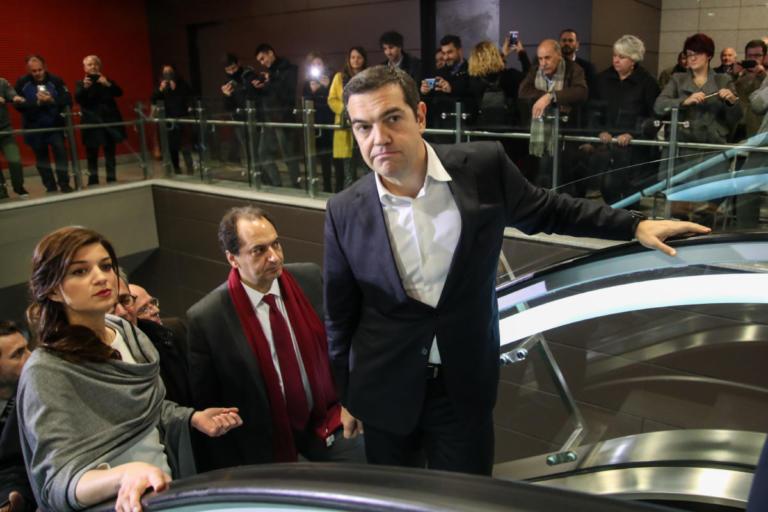 ΝΔ για εγκαίνια του Μετρό Θεσσαλονίκης: Παραδίδονται στον χλευασμό των Ελλήνων