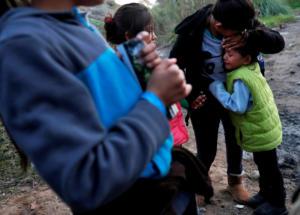 Άφησαν 7χρονο κοριτσάκι να πεθάνει από την πείνα!