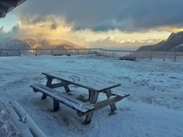 Κρήτη: Μαγευτικές εικόνες από τον χιονισμένο Ομαλό [pics]