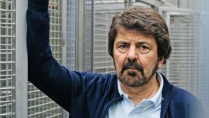 Νίκος Λογοθέτης: Απαλλάχθηκε από τις κατηγορίες για κακομεταχείριση ζώων ο διακεκριμένος επιστήμονας