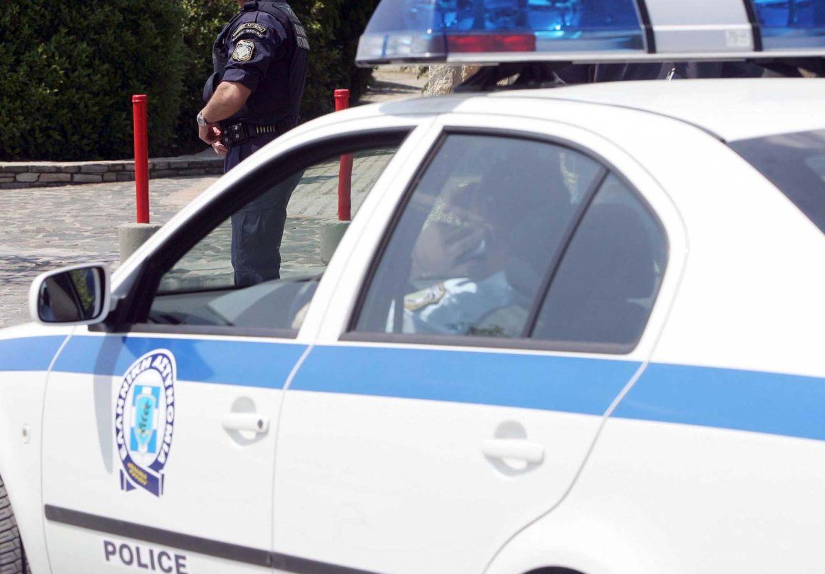 Βόλος: Δάγκωσε τους αστυνομικούς που τον σταμάτησαν για έλεγχο – Χαμός στην εθνική οδό!