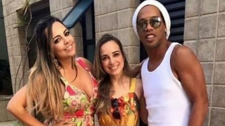 Συζεί με δύο γυναίκες ο Ροναλντίνιο! Η… διαφορετική ζωή του Βραζιλιάνου – video