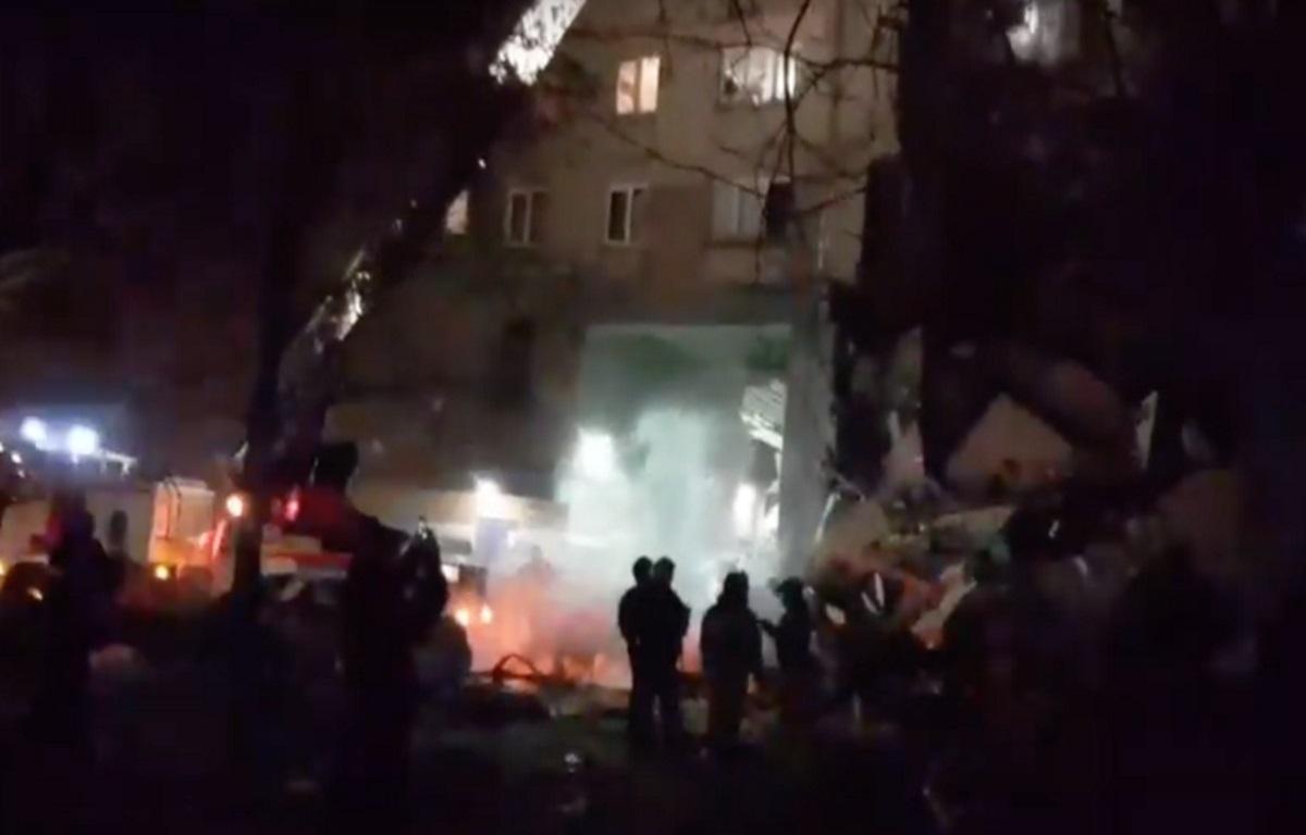 Ρωσία: Έκρηξη σε πολυκατοικία – Τουλάχιστον 3 νεκροί, 79 αγνοούμενοι – Videos