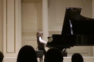 Στέλιος Κερασίδης: Ο 6χρονος Έλληνας βιρτουόζος στο Carnegie Hall