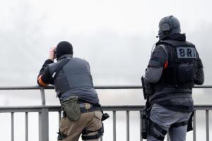 Στρασβούργο: Πάνω από 700 αστυνομικοί στο κυνήγι του δράστη της επίθεσης