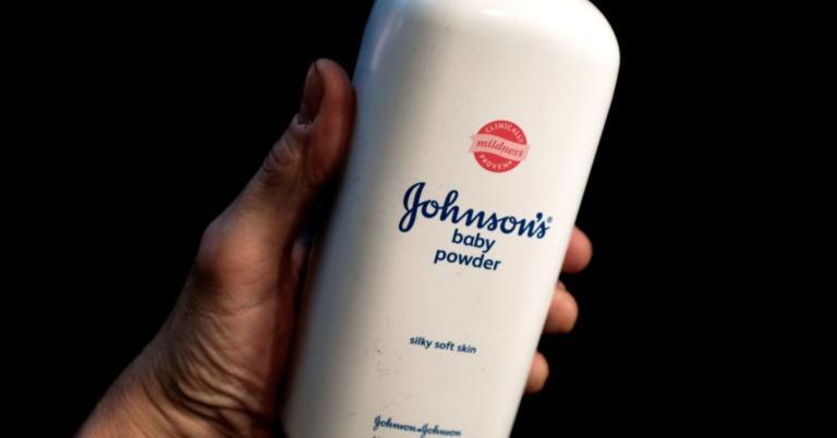 Καρκινογόνο το ταλκ για μωρά της Johnson & Johnson! Το γνώριζαν εδώ και… 47 χρόνια
