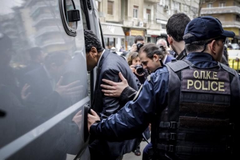 Κωνσταντινούπολη: Τρις ισόβια ζητά ο εισαγγελέας για τους 8 Tούρκους αξιωματικούς