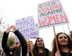 Ισπανία: Επικυρώθηκε η απόφαση – ντροπή για τον ομαδικό βιασμό από την «Αγέλη των Λύκων»