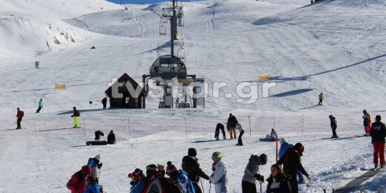 Άνοιξε το χιονοδρομικό του Παρνασσού – video