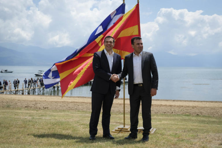 Επιμένουν τα Σκόπια: Παρερμηνεύτηκαν οι δηλώσεις Ζάεφ