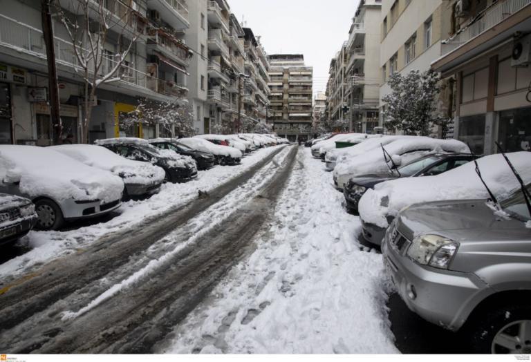 Που χιονίζει τώρα Κυριακή 06/01: Ποιοί δρόμοι είναι κλειστοί