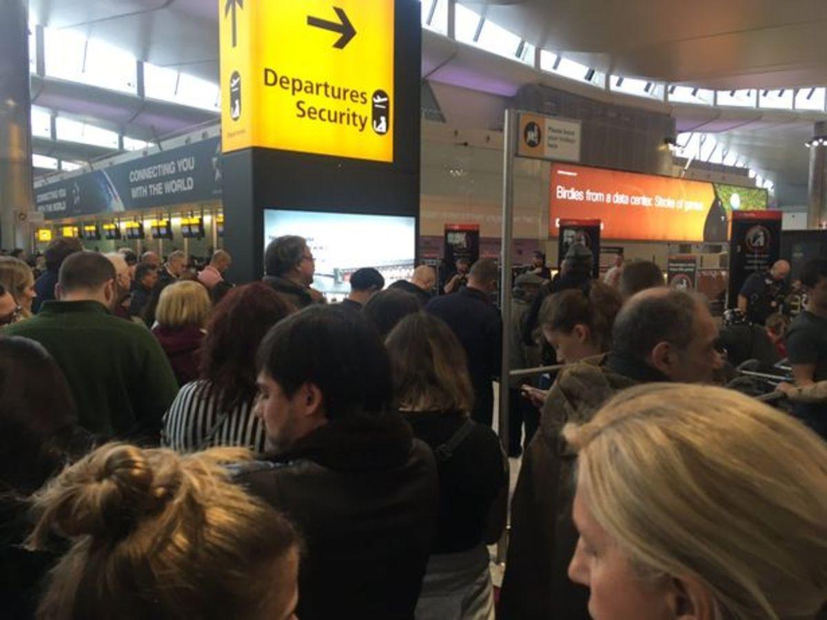 Συναγερμός στο αεροδρόμιο Χίθροου του Λονδίνου
