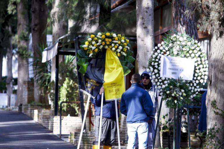 """Παρούσα η ΑΕΚ στην κηδεία του άτυχου εργάτη της """"Αγιά – Σοφιάς"""" – [pics]"""