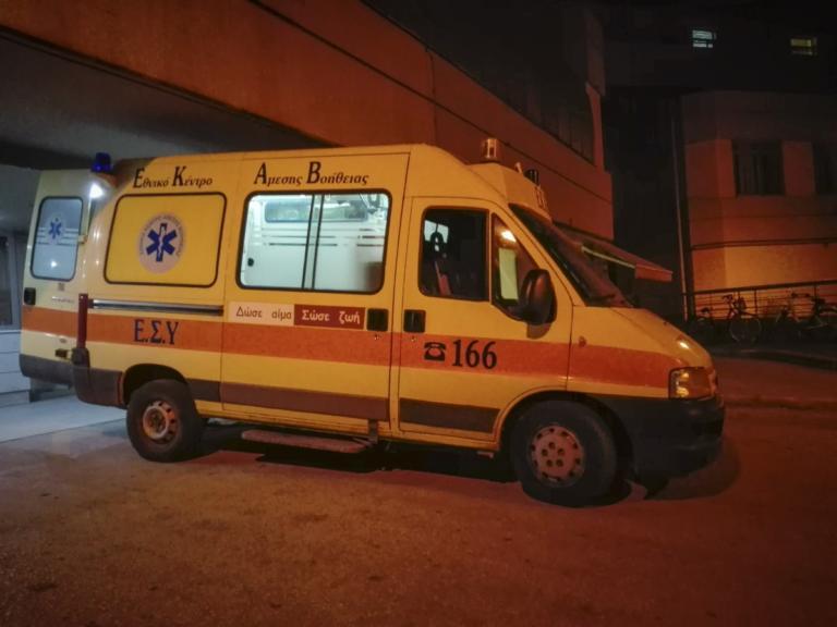 Ξεκόλλησε μάρμαρο από μπαλκόνι και έπεσε στο κεφάλι περαστικού στην Πατησίων | Newsit.gr