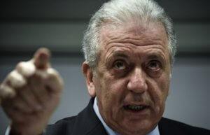 """Υπόθεση Novartis – Αβραμόπουλος: Να αποκαλυφθούν τα ονόματα των δύο """"ψευδομαρτύρων"""""""