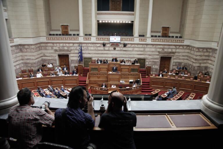 Η ώρα της συμφωνίας των Πρεσπών στη Βουλή