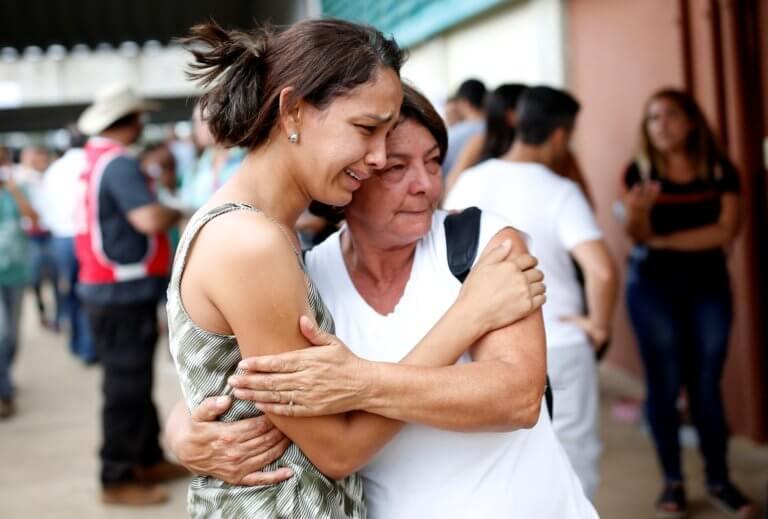 Βραζιλία: Τουλάχιστον 34 οι νεκροί και 300 οι αγνοούμενοι κάτω από τόνους λάσπης – Video   Newsit.gr