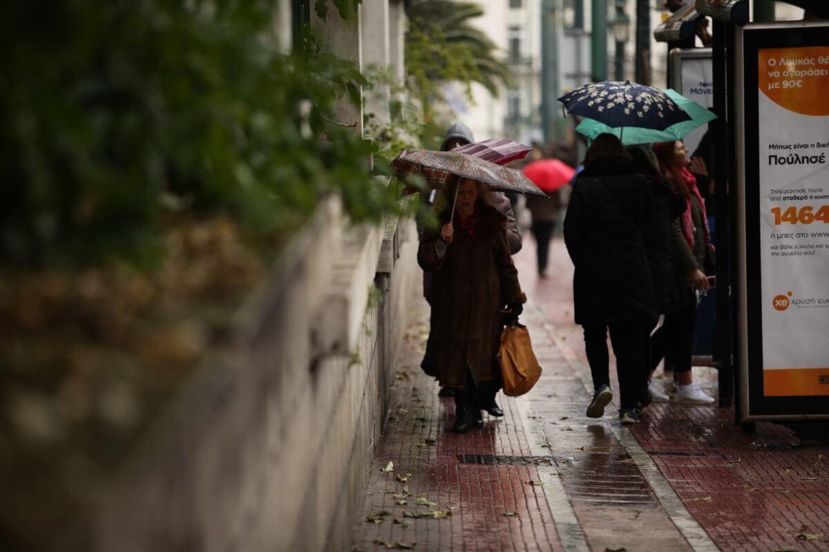 Καιρός: Βροχές, καταιγίδες και χιόνια – Νέα αλλαγή σκηνικού