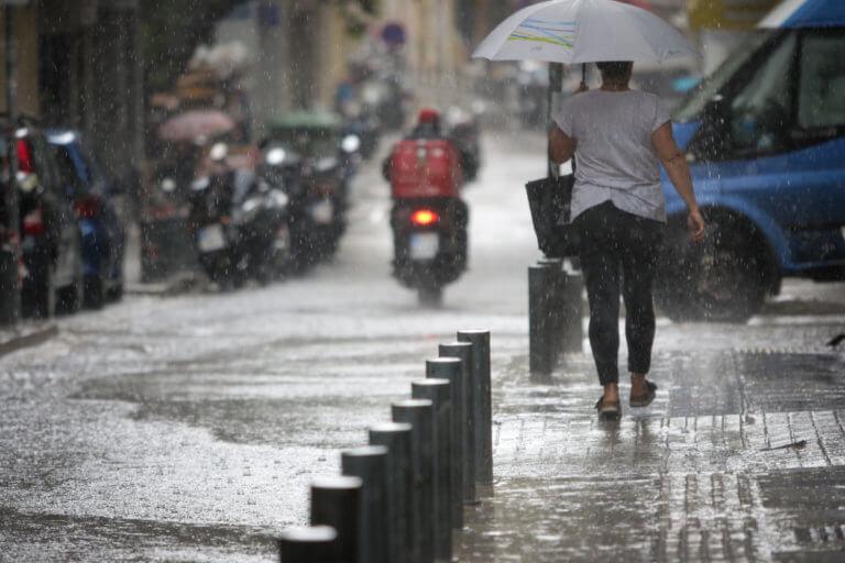 Καιρός: Έκτακτο δελτίο – Βροχές καταιγίδες και χαλάζι | Newsit.gr
