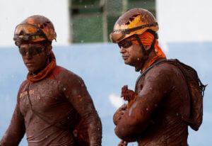 Βραζιλία: Η λάσπη έθαψε ζωντανούς 110 ανθρώπους – Αγνοούνται άλλοι 238!