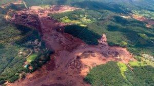 Βραζιλία: 200 άνθρωποι αγνοούνται μετά την κατάρρευση φράγματος