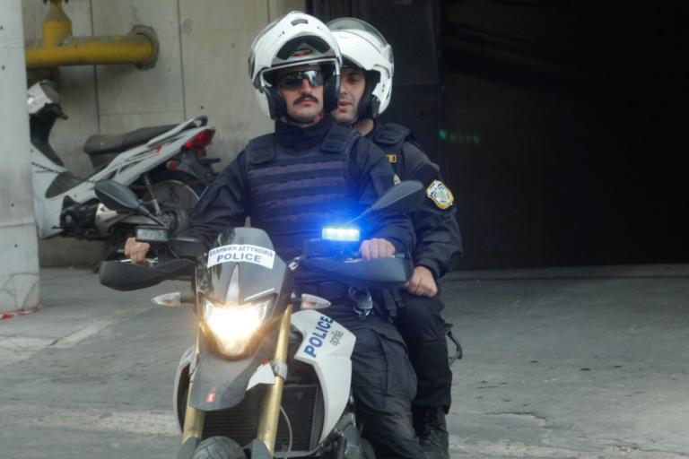 Συνελήφθησαν οι δράστες που έκλεβαν αυτοκίνητα και καταστήματα στη βορειοανατολική Αττική