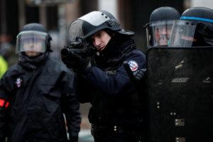 Κίτρινα γιλέκα: Τραυματίστηκε σοβαρά ηγετικό στέλεχος των διαδηλωτών