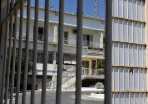 Νεκρός κι άλλος Αλβανός κρατούμενος στις φυλακές Κορυδαλλού