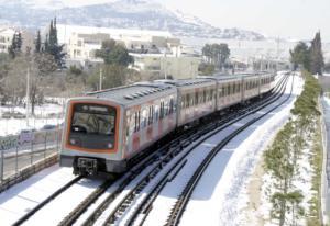 Καιρός: Μετ' εμποδίων τα δρομολόγια ηλεκτρικού και λεωφορείων στην Αθήνα