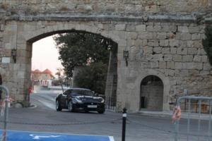 Με Jaguar F-Type P300 στο παλιό σιρκουί της Ρόδου! [pics]