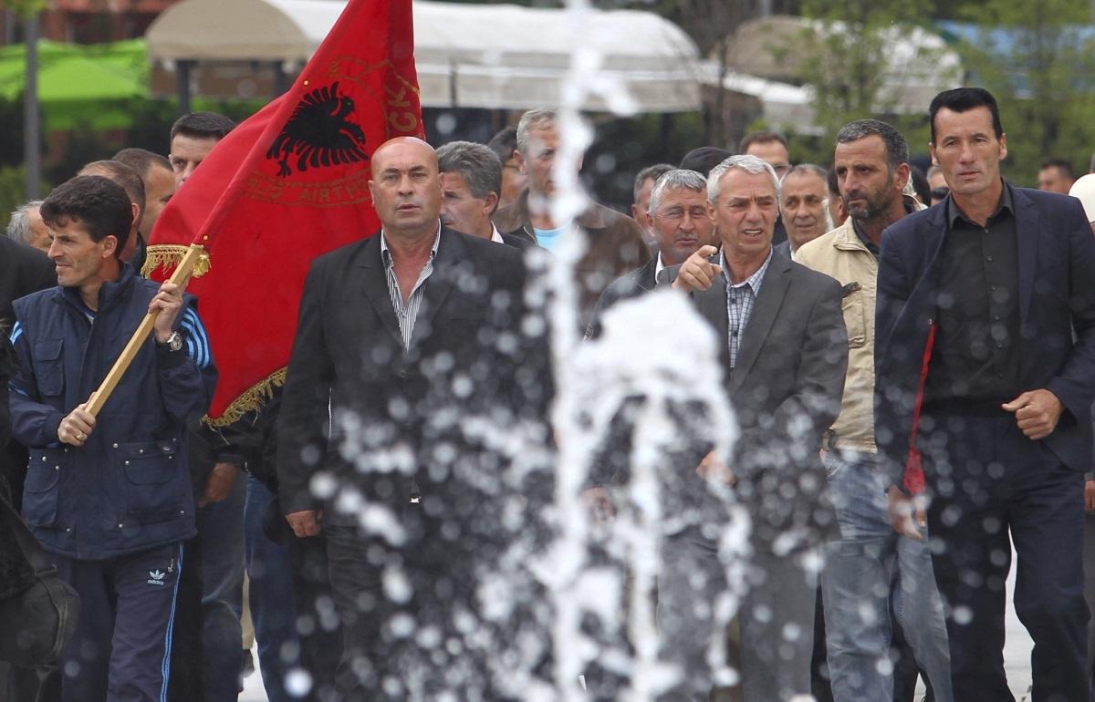 """Κόσοβο: """"Να βρούμε και εμείς με τη Σερβία λύση αλά Πρέσπες""""!"""