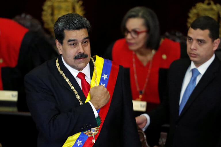 Εντολή Μαδούρο να κλείσουν πρεσβεία και προξενεία της Βενεζουέλας στις ΗΠΑ