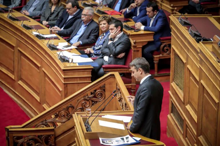 ΝΔ: «Κληρώνει» έως αύριο το πρωί για πιθανή πρόταση μομφής κατά της κυβέρνησης