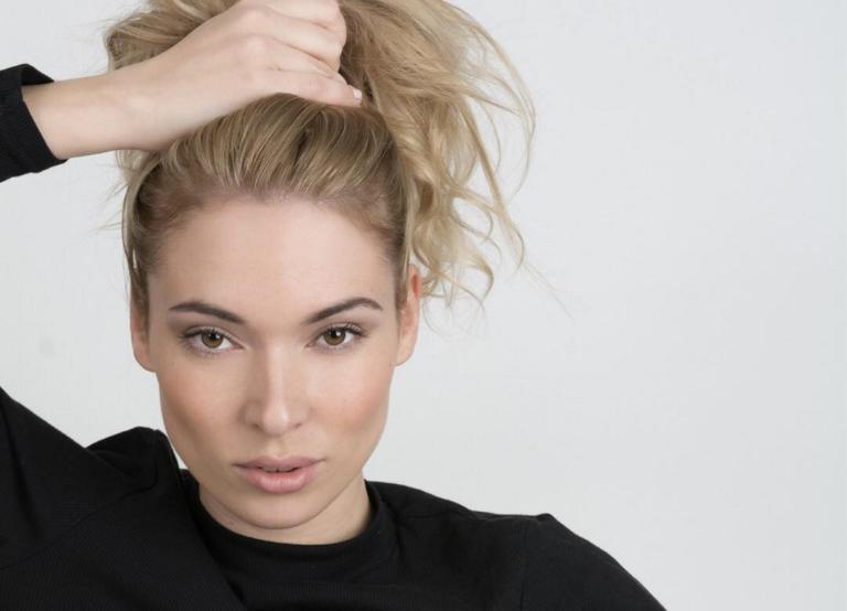Μικαέλα Φωτιάδη: Τρολάρει πρώτη φορά τον εαυτό της για το «ρ»! [video] | Newsit.gr