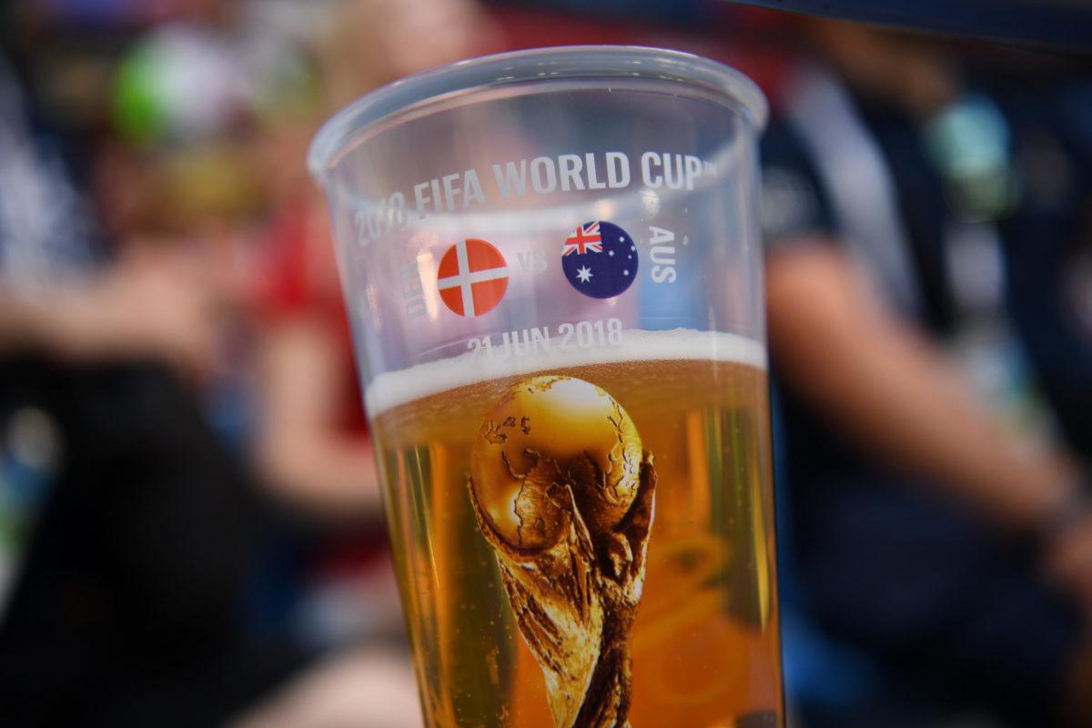Μουντιάλ 2022 – Κατάρ: Διπλασιάστηκαν οι τιμές στα αλκοολούχα ποτά!