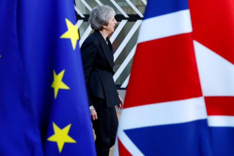 Brexit: Σε αχαρτογράφητα εδάφη η Βρετανία αν δεν ψηφιστεί η συμφωνία, λέει η Μέι