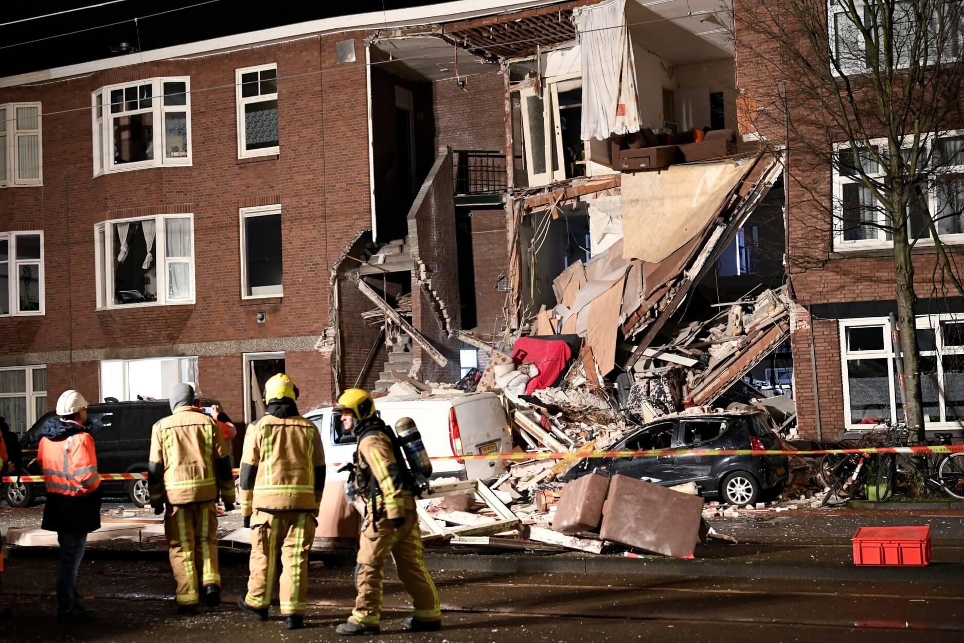 Έκρηξη στη Χάγη: 9 τραυματίες από την κατάρρευση τριώροφης πολυκατοικίας [pics, video]