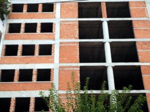 """ΕΛΣΤΑΤ: """"Ζωντανεύει"""" η οικοδομή – 1.575 οικοδομικές άδειες σε ένα μήνα!"""