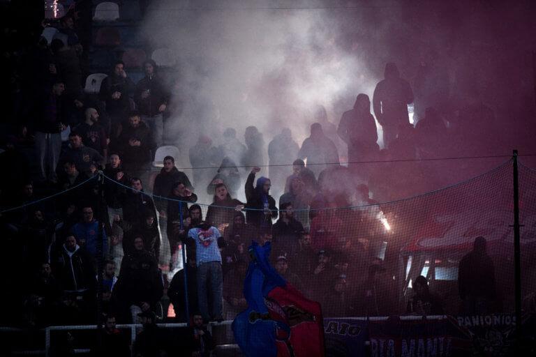 Συλλήψεις για επίθεση σε αστυνομικούς μετά το Πανιώνιος – ΑΕΚ! | Newsit.gr