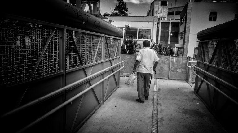 Λαμία: Άρπαξε το πορτοφόλι 93χρονου κι έγινε «καπνός» | Newsit.gr